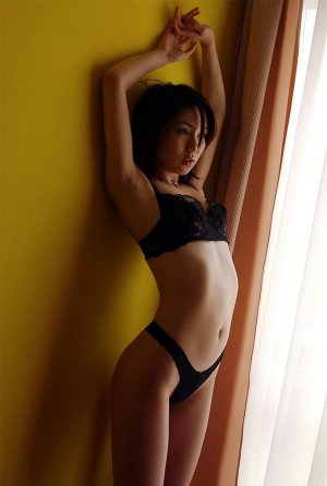 Rubina tattoo escorts in Saint-Sauveur