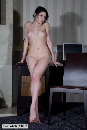 Chara outcall escorts Essa, ON
